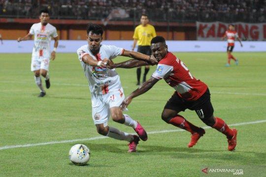 Madura United imbangi Persija 2-2