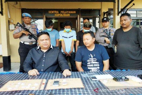 Polisi tangkap tiga sekawan edarkan sabu-sabu