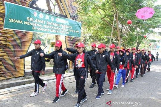 TNI tanamkan Jiwa bela negara peserta SMN 2019
