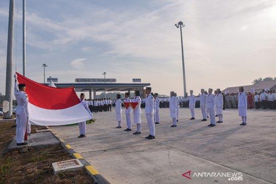 "Gerbang Tol Pekanbaru ""disulap"" jadi lokasi upacara HUT RI"