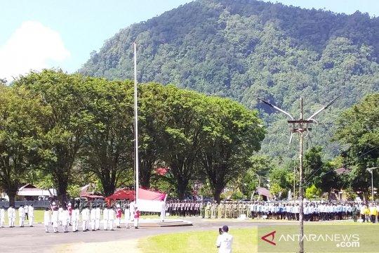 Upacara bendera peringatan detik proklamasi di Kepulauan Sangihe