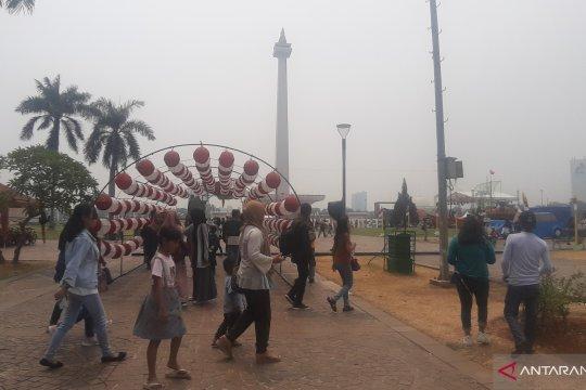 Monas jadi daya tarik wisata warga DKI saat HUT Ke-74 RI