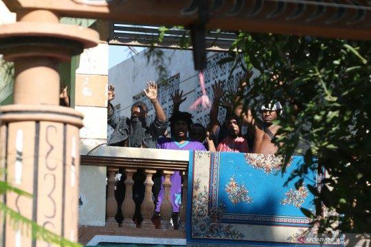 Polisi amankan 43 orang dari Asrama Mahasiswa Papua di Surabaya