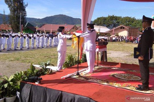 Bendera raksasa gagal terbang di bener meriah Aceh
