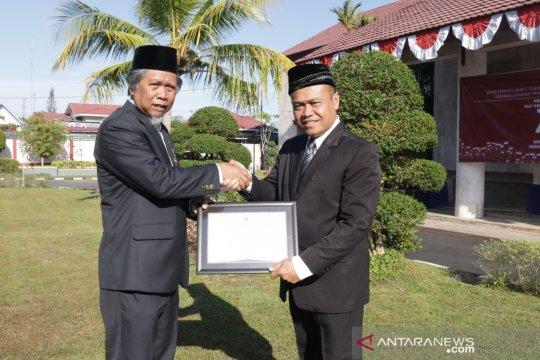 LLDIKTI serahkan akreditasi A Universitas Muhammadiyah Palangkaraya