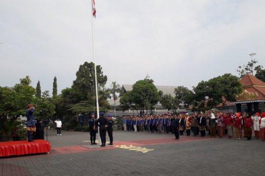 Lapas Rajabasa peringati HUT Kemerdekaan RI menggunakan pakaian adat