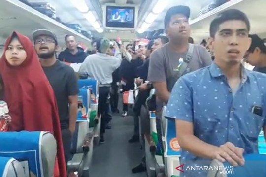 Lagu Indonesia Raya berkumandang dalam kereta tujuan Semarang dan Solo