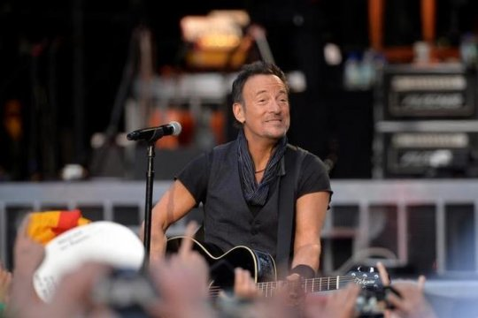 Film dokumenter Bruce Springsteen terjual ke Warner Bros