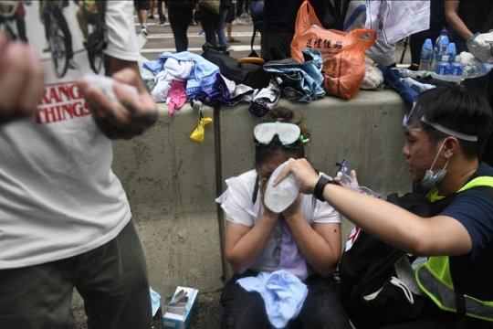 """EU desak """"dialog semua pihak"""" mengenai krisis Hong Kong"""