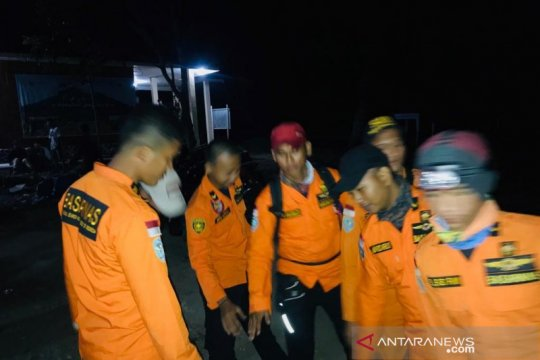 Basarnas Jambi evakuasi mahasiswi pendaki Gunung Kerinci