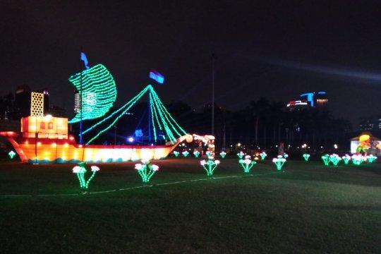 Wooow..214.494 orang saksikan Festival of Light Monas pada HUT RI
