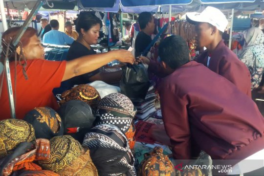 Peserta SMN 2019 asal Riau jelajahi Malioboro