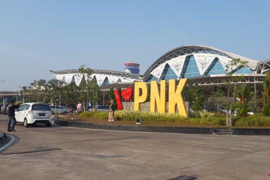 Cuaca buruk, jarak pandang Bandara Supadio sempat ganggu penerbangan