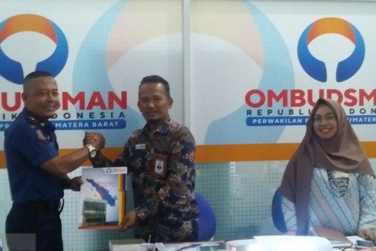Ombudsman : layanan pengaduan  empat instansi di Padang tak responsif