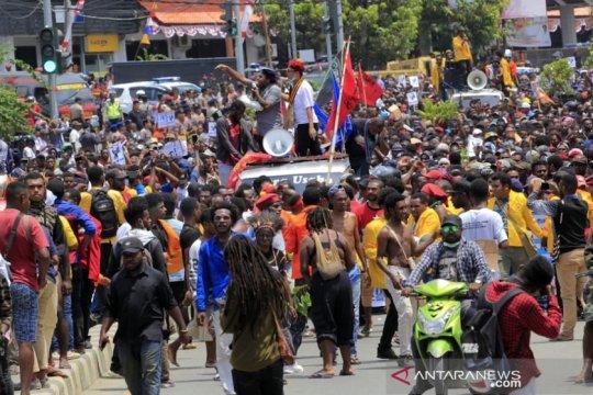 Aksi massa di Jayapura