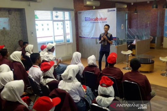 Peserta SMN Riau dibekali kecakapan berwirausaha di RKB Yogyakarta