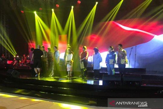 "Ganjar bacakan puisi ""Aku Melihat Indonesia"" pada ""Konser Kebangsaan"""