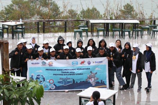 Peserta SMN-2019 berwisata budaya dan alam di Sulut