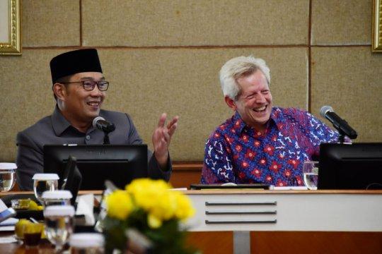 Gubernur beberkan potensi investasi Jabar ke pejabat Inggris