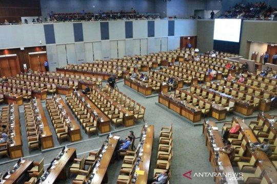 Nyaris separuh legislator tak hadiri Rapat Paripurna