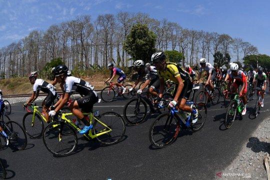 Jeroen Meijers juara etape dua usai menangi adu sprint