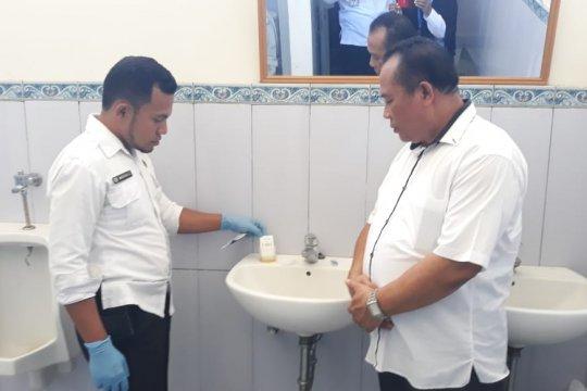 Dua bakal calon bupati jalani tes urine
