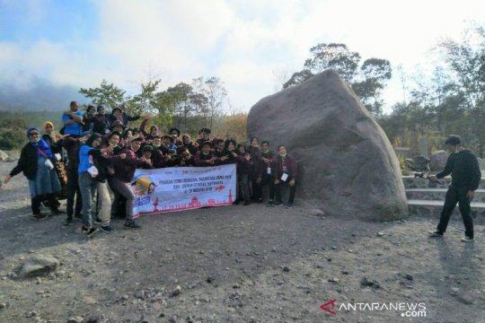 Peserta SMN Riau nikmati panorama Gunung Merapi