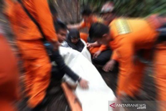 Diduga dehidrasi, seorang pendaki Gunung Kerinci meninggal