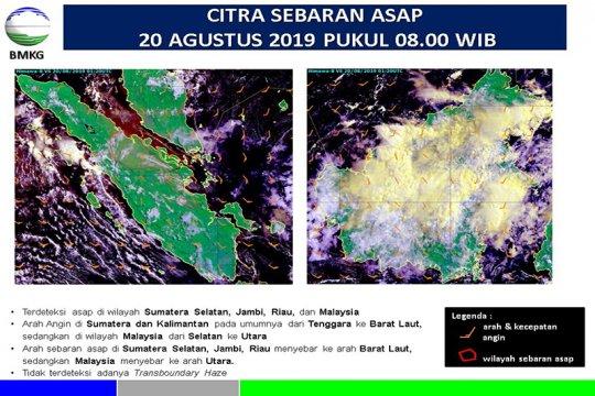 Pekanbaru diselimuti asap Karhutla di Riau dan kiriman Sumsel