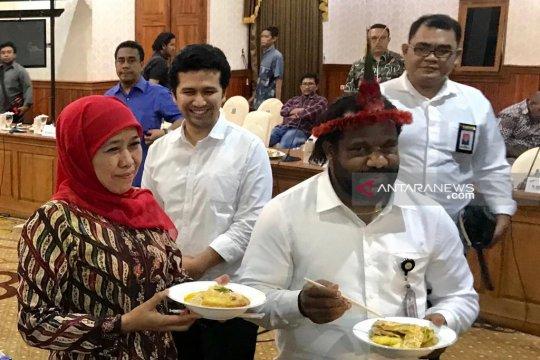 """Gubernur Jatim kirim """"Salam Papeda"""" untuk masyarakat Papua"""
