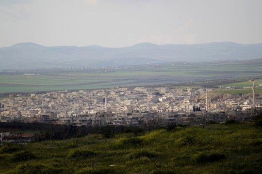 Pemberontak Suriah mundur dari wilayah barat laut