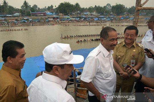 """Menteri Pariwisata ungkap """"resep"""" agar Festival Pacu Jalur mendunia"""