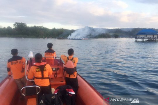 Basarnas Kendari hentikan pencarian korban kebakaran kapal KM Izhar