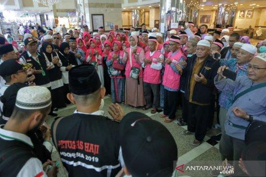 Jamaah haji gelombang kedua mulai tinggalkan Mekkah menuju Madinah