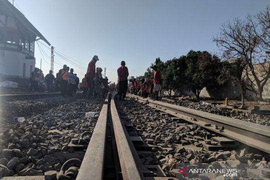 Pemerintah pastikan KRL Solo-Yogyakarta beroperasi2020