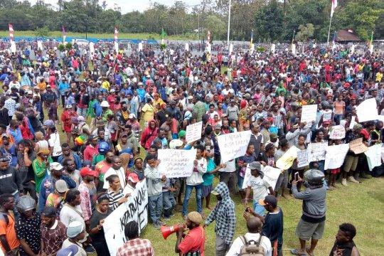 Polisi nyatakan unjuk rasa di Papua-Papua Barat berakhir aman