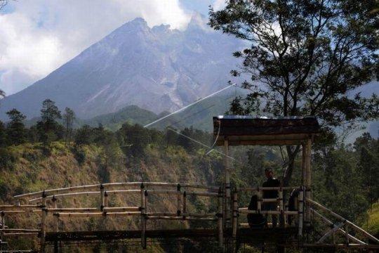 Aktivitas puncak gunung Merapi Page 2 Small
