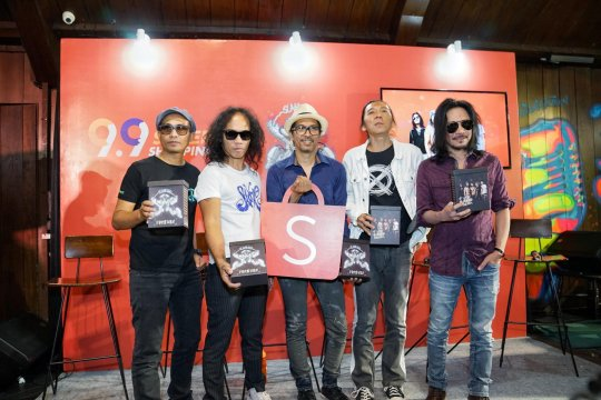 "Slank rilis album ke-23 ""Slanking Forever"", direkam di Lokananta"