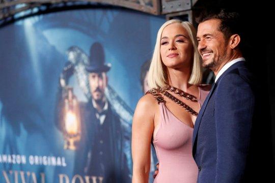 Katy Perry dan Orlando Bloom dambakan kastil Irlandia untuk pernikahan