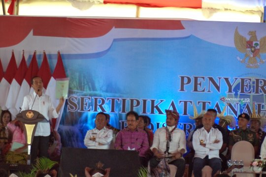 Warga Kupang berterimah kasih kepada Presiden Jokowi