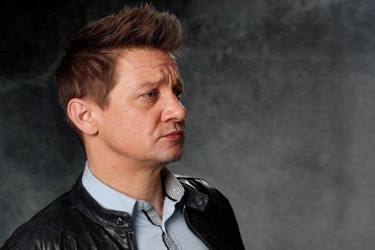 "Jeremy Renner ""Hawkeye"" ingin Spider-Man kembali ke Marvel"