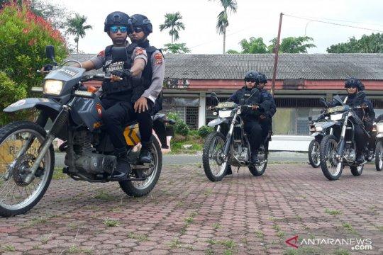 Ratusan personel TNI-Polri patroli di Manokwari jaga objek vital