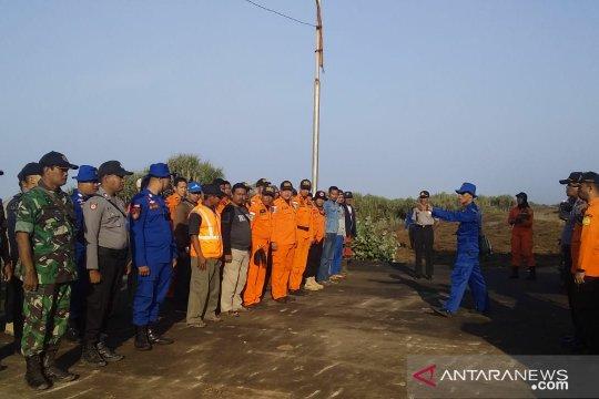 BPBD Cianjur kerahkan 60 personel cari dua nelayan tenggelam