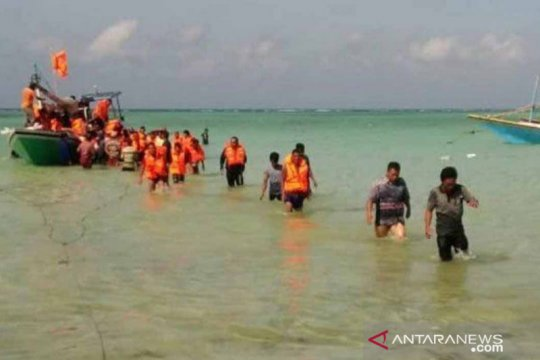 3  korban tewas kebakaran KM Santika Nusantara dievakuasi