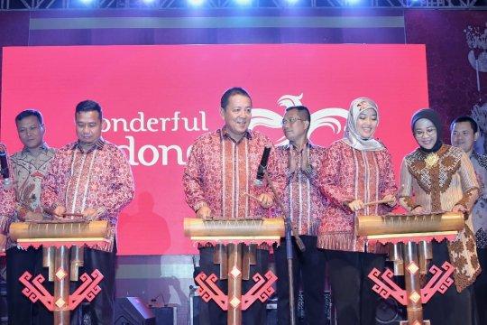 """Gubernur promosikan pariwisata Lampung lewat """"Festival Krakatau"""""""