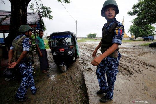 Kepolisian Myanmar menahan pelajar demonstran di wilayah Rakhine