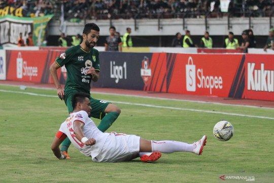 Persebaya kontra Persija berakhir 1-1