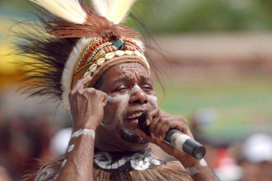 Saran Edo Kondologit untuk Papua, pimpinan bertemu dalam acara adat