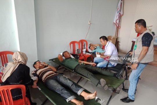 DI Aceh Barat warga Tionghoa gandeng TNI gelar donor darah
