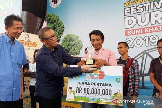 Durian kunyit asal Kembayan Sanggau juara kontes durian 2019